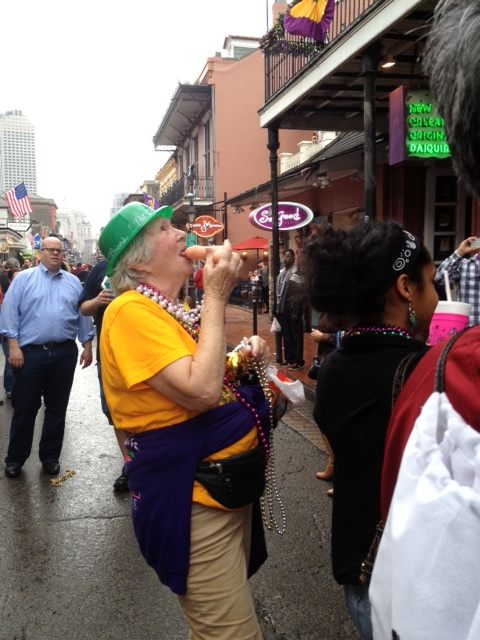 she's a senior citizena dn she's sucking a dil on bourbon. wow, just wow